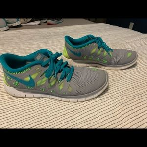 7 Youth Nike Free 5.0